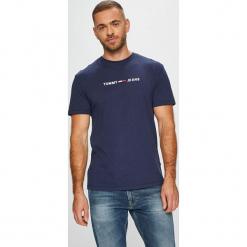 Tommy Jeans - T-shirt/polo DM0DM05125. Szare koszulki polo Tommy Jeans, l, z aplikacjami, z dzianiny. Za 159,90 zł.
