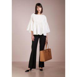 WEEKEND MaxMara LACCA Bluzka weiss. Czarne bralety marki Fille Du Couturier, z bawełny. W wyprzedaży za 374,50 zł.