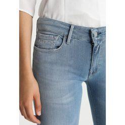Replay LUZ PANTS Jeans Skinny Fit l05. Niebieskie jeansy damskie relaxed fit marki Replay. Za 669,00 zł.