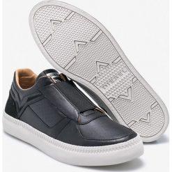 Diesel - Buty. Szare buty sportowe męskie Diesel, z gumy. W wyprzedaży za 479,90 zł.