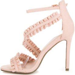 Sandały szpilki z falbanką ADMINA. Czerwone sandały damskie marki SEASTAR, na szpilce. Za 89,90 zł.