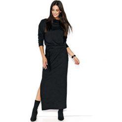 Czarna Komfortowa Maxi Sukienka z Paskiem. Czarne długie sukienki marki Molly.pl, na spotkanie biznesowe, l, z tkaniny, z dekoltem na plecach, dopasowane. Za 123,90 zł.