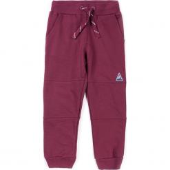 Spodnie. Czerwone chinosy chłopięce TIME TO MOVE ON, z bawełny. Za 44,90 zł.