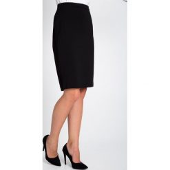 Spódnice wieczorowe: Gładka czarna spódnica do kolan QUIOSQUE