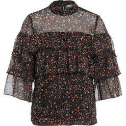 Gestuz MALLY Bluzka black. Czarne bluzki damskie Gestuz, z materiału. W wyprzedaży za 344,25 zł.