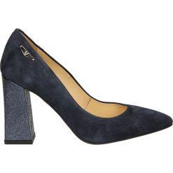 Czółenka - 1724 Z-L BLU. Czarne buty ślubne damskie Venezia, ze skóry. Za 229,00 zł.