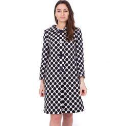 Płaszcze damskie pastelowe: Czarno-biały długi płaszcz w drobne wzory BIALCON