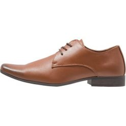 Buty wizytowe męskie: Feud London 3 EYE PLAIN DERBY Eleganckie buty tan