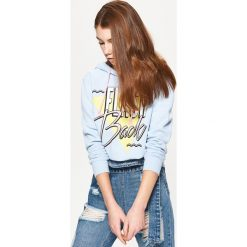 Bluzy damskie: Bluza typu hoodie z nadrukiem – Niebieski