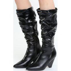 Czarne Kozaki Good Memories. Czarne buty zimowe damskie marki Born2be, przed kolano, na niskim obcasie. Za 139,99 zł.
