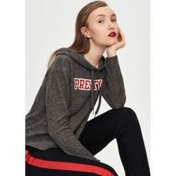 Swetry klasyczne damskie: Sweter z kapturem – Szary