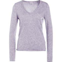 FTC Cashmere PULLI V NECK Sweter opal grey. Szare swetry klasyczne damskie FTC Cashmere, xl, z kaszmiru. Za 749,00 zł.