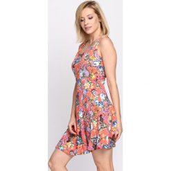 Sukienki: Koralowa Sukienka Strawberries