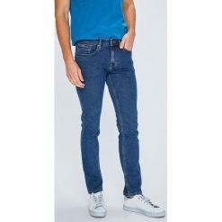 Tommy Jeans - Jeansy Scanton. Niebieskie jeansy męskie slim marki Tommy Jeans. W wyprzedaży za 319,90 zł.