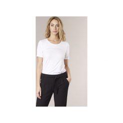 T-shirty z krótkim rękawem Benetton  AVILOL. Białe t-shirty damskie marki Benetton, xl. Za 55,20 zł.