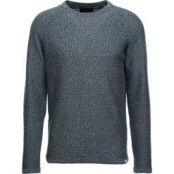 Swetry męskie: Jack & Jones JCOWIND CREW NECK NOOS Sweter goblin blue