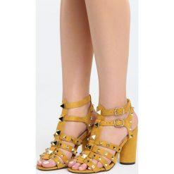 Żółte Sandały Almost There. Żółte sandały damskie na słupku marki Kazar, ze skóry, na wysokim obcasie. Za 79,99 zł.