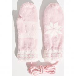 Rękawiczki na sznurku - Różowy. Czerwone rękawiczki damskie Sinsay. Za 24,99 zł.
