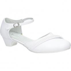 Białe buty komunijne z perełkami American KOM-3/2018. Białe buciki niemowlęce American. Za 69,99 zł.
