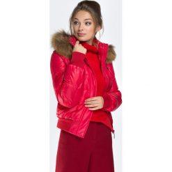 Kurtka damska 87-9D-404-3. Czerwone kurtki damskie pikowane marki Wittchen, s, z futra, z kapturem. Za 559,00 zł.