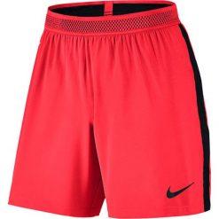 Spodenki i szorty męskie: Nike Spodenki męskie Men's Flex Strike Football Short  czerwone r. S  (804298)