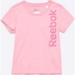 Reebok - Top dziecięcy 104-164 cm. Różowe bluzki dziewczęce bawełniane Reebok, z nadrukiem, z okrągłym kołnierzem. W wyprzedaży za 44,90 zł.