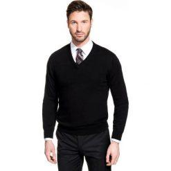 Sweter FABRIZIO SWCR000137. Białe swetry klasyczne męskie marki Giacomo Conti, na jesień, m, z bawełny, z klasycznym kołnierzykiem. Za 149,00 zł.