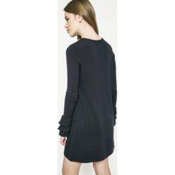 Only - Sukienka. Szare długie sukienki marki ONLY, s, z bawełny, z okrągłym kołnierzem. W wyprzedaży za 69,90 zł.