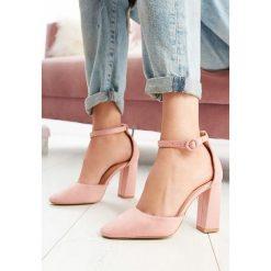 Różowe Sandały Gimme Love. Czerwone sandały damskie marki vices, na wysokim obcasie. Za 49,99 zł.