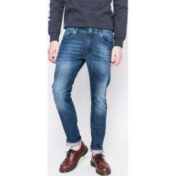 Diesel - Jeansy Thommer. Niebieskie jeansy męskie slim Diesel. W wyprzedaży za 399,90 zł.