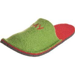 """Kapcie """"Happy - Day"""" w kolorze zielono-czerwonym. Czerwone kapcie damskie Kitz-pichler, Magicfelt & Stegmann, z materiału. W wyprzedaży za 45,95 zł."""