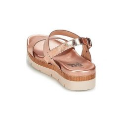 Sandały Xti  YODRIVEC. Czerwone sandały damskie marki Xti. Za 175,20 zł.