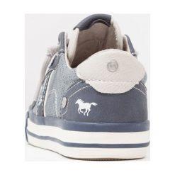 Mustang Tenisówki i Trampki blue. Niebieskie trampki chłopięce marki Mustang, z materiału. Za 169,00 zł.