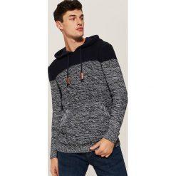 Sweter z kapturem - Granatowy. Niebieskie swetry klasyczne męskie marki bonprix, l, melanż, z kapturem. Za 119,99 zł.