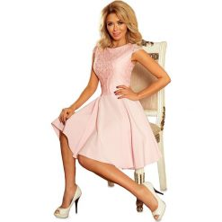 Sukienka MARIA z koronką - PASTELOWY RÓŻ. Czerwone sukienki koronkowe marki numoco, s, w koronkowe wzory, rozkloszowane. Za 189,99 zł.