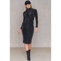 Boohoo Sukienka ze stójką Metallic - Black. Niebieskie długie sukienki marki ARTENGO, z elastanu, ze stójką. Za 100,95 zł.