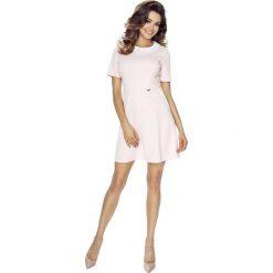 Sukienki: Różowa Sukienka z Białym Kołnierzykiem