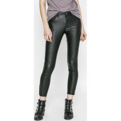 Only - Spodnie Kendell. Czarne rurki damskie marki ONLY, l, z materiału, z kapturem. Za 169,90 zł.