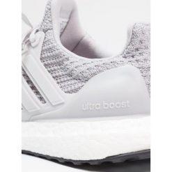 Adidas Performance ULTRABOOST  Obuwie do biegania treningowe grey two/core black. Brązowe buty sportowe chłopięce marki adidas Performance, z gumy. W wyprzedaży za 454,30 zł.
