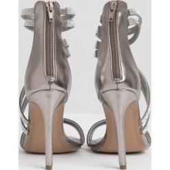 Sandały damskie: Sandały z brylancikami