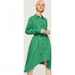 Sukienka z lyocellu - Zielony. Zielone sukienki z falbanami marki Reserved, z lyocellu. Za 159,99 zł.