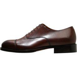 J.LINDEBERG HOPPER TOE PORT Eleganckie buty brown. Brązowe buty wizytowe męskie J.LINDEBERG, z materiału, na sznurówki. Za 929,00 zł.