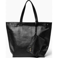 Torebki klasyczne damskie: Skórzana torba worek Czarna MARCELA