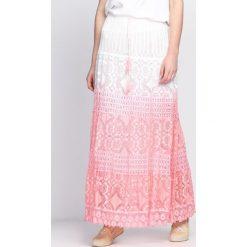 Różowa Spódnica Me Me Me. Czerwone długie spódnice Born2be, na lato, xl, oversize. Za 29,99 zł.