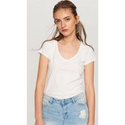 Koszulka z bawełny organicznej - Biały. Białe t-shirty damskie Reserved, l, z bawełny. Za 24,99 zł.