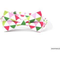 Triangle. Mucha w mozaikę - zieleń i róż. Czerwone muchy męskie Pakamera, w kolorowe wzory. Za 69,00 zł.