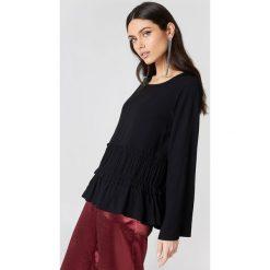 Bluzki asymetryczne: Rut&Circle Bluzka odcinana w talii Venda - Black