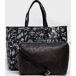 Desigual - Torebka. Czarne torebki klasyczne damskie Desigual, w paski, z materiału, duże. W wyprzedaży za 279,90 zł.