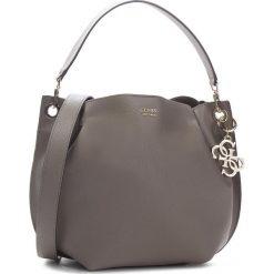 Torebka GUESS - HWVG68 53030 TAU. Szare torebki klasyczne damskie marki Guess, z aplikacjami, ze skóry ekologicznej. Za 649,00 zł.
