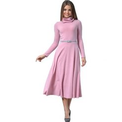 Długie sukienki: Sukienka w kolorze różowym